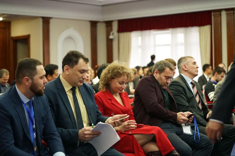 【神州风采网】第二届丝绸之路与欧亚经济论坛在圣彼得堡隆重举行